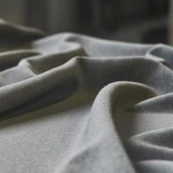 Cómo renderizar telas realistas con microfibras en Corona